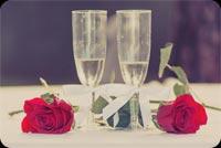 Hoa Hồng & Rượu Mừng Cho Kỷ Niệm Ngày Cưới Mẫu Nền Thư