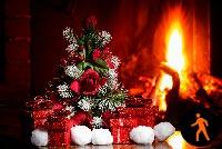Quà Giáng Sinh Bên Cạnh Lò Sưởi Mẫu Nền Thư