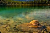 Núi Cây Và Hồ Nước Mát Mẫu Nền Thư