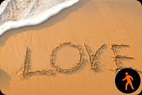 Ảnh Động Chữ Love Viết Trên Cát Biển Mẫu Nền Thư